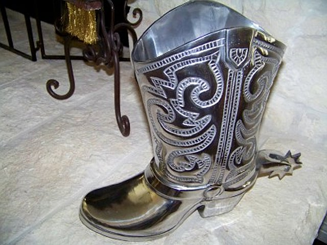Boot Wine Holder for your Texas Wines!