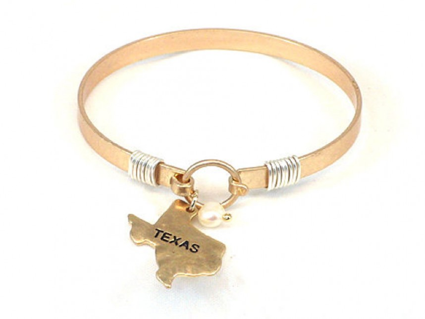 State of Texas Map Pearl Dangle Bracelet