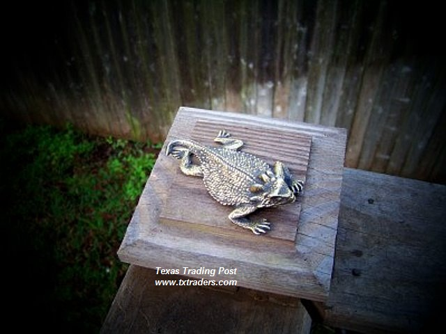 Brass Texas Horny Toad Paperweight