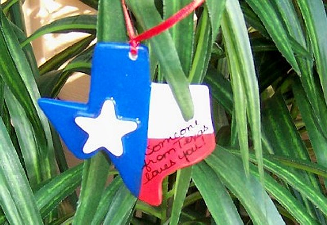 "Ornament ""Someone From Texas Loves You"""