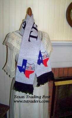 Pure Texas Knit Neck Scarf