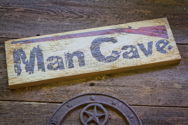 Barnwood Art - Man Cave with Rifle