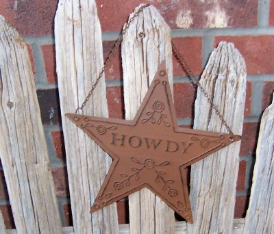 Howdy Texas Lone Star Sign Rust