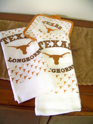 Texas Longhorns Kitchen Dish Towels & Potholder